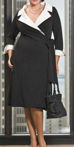 деловое платье для полной фигуры