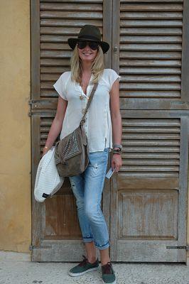 кеды с летними джинсами