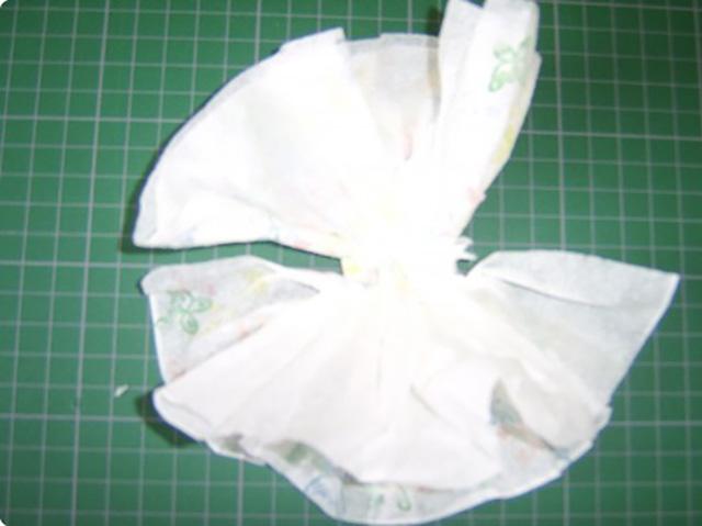 платье из бумажных салфеток 7