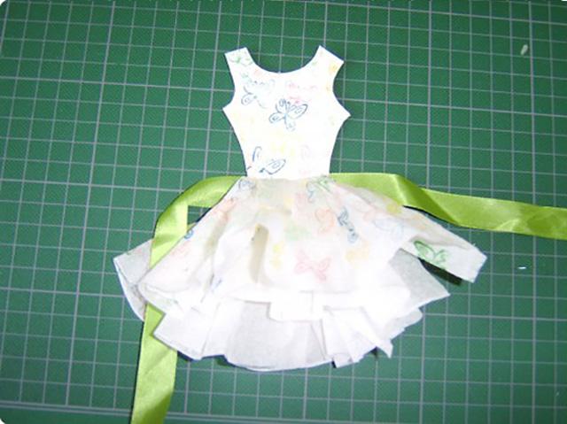 платье из бумажных салфеток 8