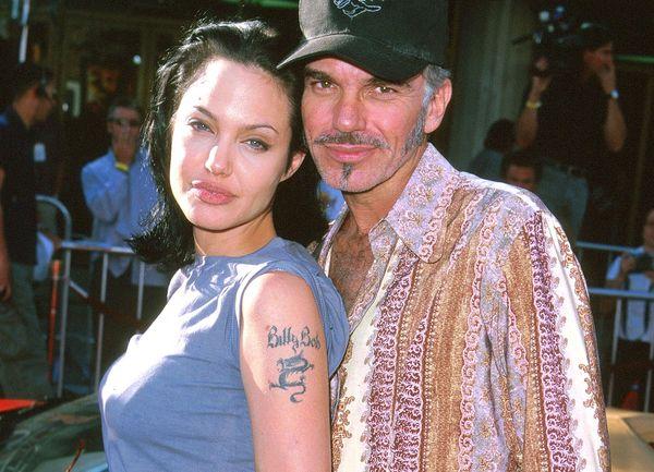 Женщина с татуировкой и мужчина