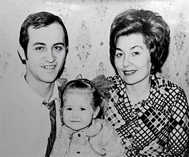 отец и мать Василисы Володиной