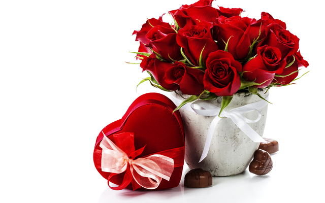 алые розы для любимой