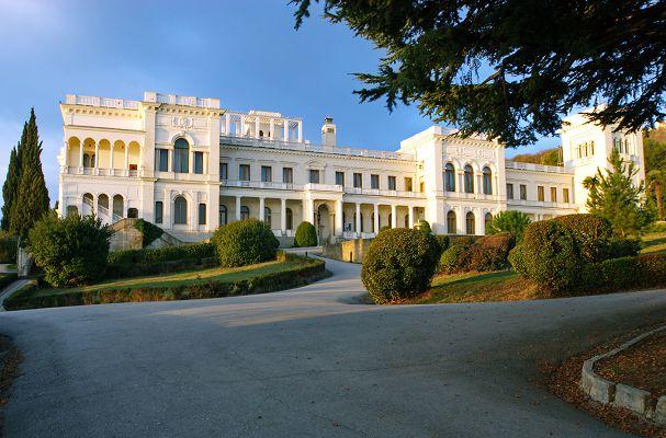 Крым дворцы