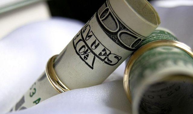 Любовь или деньги