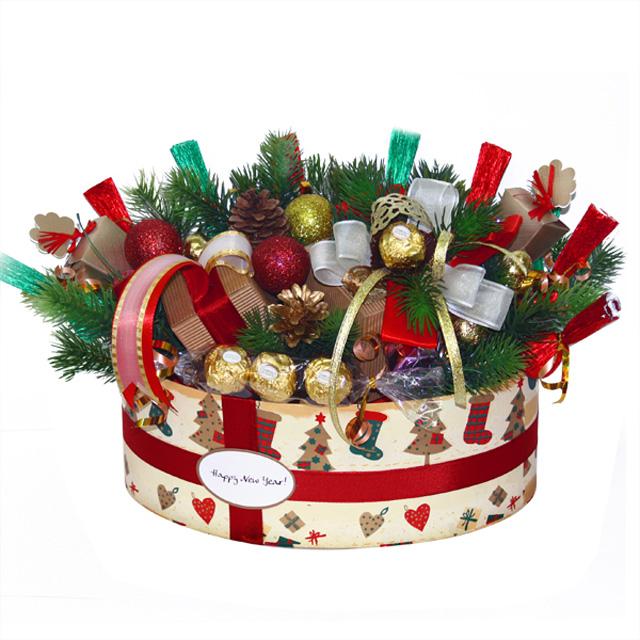 Новогодние букеты из конфет своими руками 7