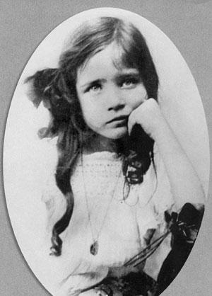 Симона де-Бовуар в детстве